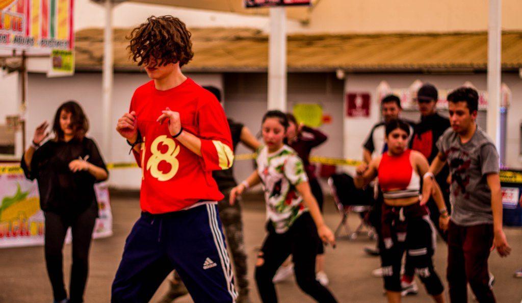 We dance. Dia I (3)